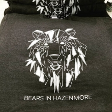 Watch out for these dangerous sweaters. 🐻🐾❤️ #bears🐻 #hazenmore #yqr #regina #teamfloprint #saskatchewan #canada #silkscreen #apparel @bearsinhazenmore